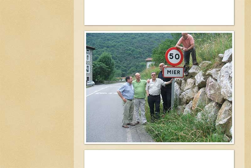 Mier Spain road sign